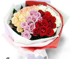SEVENLERE ÖZEL 51 ADET GÜL  Sivas hediye çiçek yolla