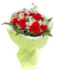 Sivas çiçek gönderme  7 adet kirmizi gül buketi tanzimi