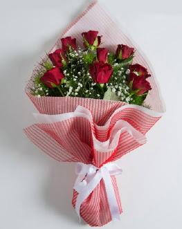 9 adet kırmızı gülden buket  Sivas çiçek yolla