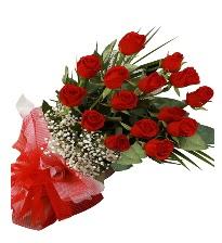 15 kırmızı gül buketi sevgiliye özel  Sivas online çiçekçi , çiçek siparişi