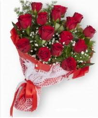 11 adet kırmızı gül buketi  Sivas çiçek siparişi vermek