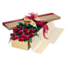 Sivas çiçek siparişi vermek  10 adet kutu özel kutu