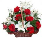 sepette gül ve kazablankalar   Sivas çiçek , çiçekçi , çiçekçilik