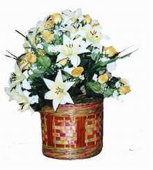 yapay karisik çiçek sepeti   Sivas çiçek siparişi vermek