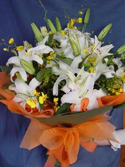 Sivas hediye çiçek yolla  5 ADET KAZABLANKA BUKETI KALITEDEN SASMAYANLARA
