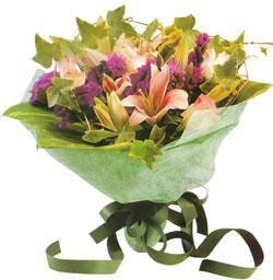 karisik mevsim buketi anneler günü ve sevilenlere  Sivas çiçek , çiçekçi , çiçekçilik