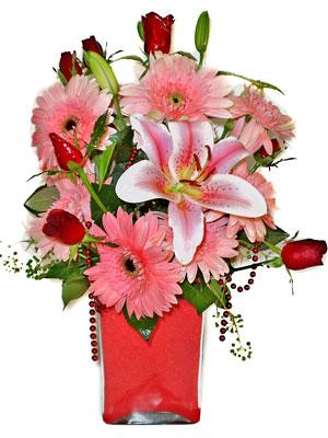 Sivas internetten çiçek siparişi  karisik cam yada mika vazoda mevsim çiçekleri mevsim demeti