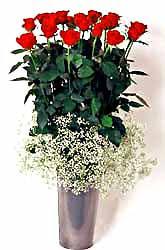 Sivas internetten çiçek siparişi  9 adet kirmizi gül cam yada mika vazoda