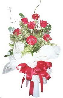 Sivas ucuz çiçek gönder  7 adet kirmizi gül buketi