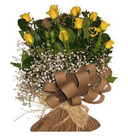 Sivas çiçek yolla , çiçek gönder , çiçekçi   9 adet sari gül buketi