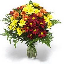Sivas ucuz çiçek gönder  Karisik çiçeklerden mevsim vazosu
