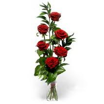 Sivas ucuz çiçek gönder  cam yada mika vazo içerisinde 6 adet kirmizi gül