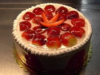 Meyvali yas pasta 4 ile 6 kisilik pasta  Sivas ucuz çiçek gönder
