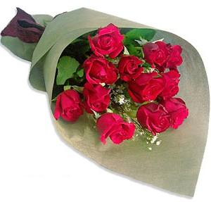 Uluslararasi çiçek firmasi 11 adet gül yolla  Sivas hediye sevgilime hediye çiçek
