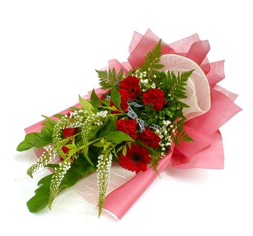 Karisik çiçek buketi mevsim buket  Sivas ucuz çiçek gönder