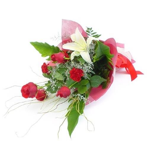 Mevsim çiçeklerinden karisik buket  Sivas internetten çiçek siparişi