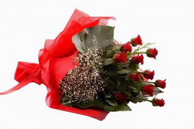 Sivas ucuz çiçek gönder  11 adet kirmizi gül buketi çiçekçi