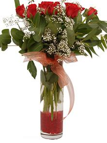 Sivas online çiçek gönderme sipariş  11 adet kirmizi gül vazo çiçegi