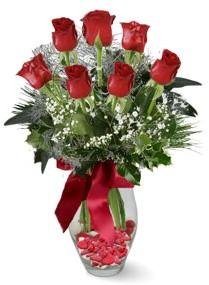 7 adet vazoda gül  Sivas hediye çiçek yolla  kirmizi gül