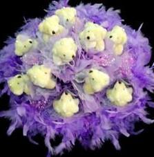 11 adet pelus ayicik buketi  Sivas çiçek gönderme