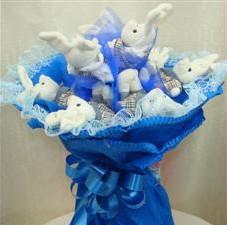 7 adet pelus ayicik buketi  Sivas çiçek gönderme