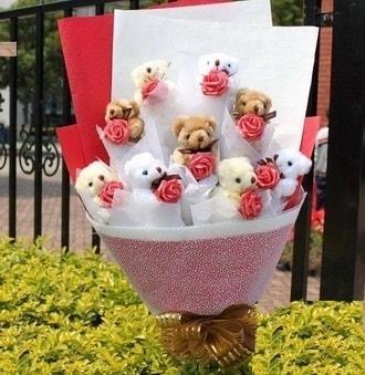 Sivas internetten çiçek satışı  9 adet ayicik ve 9 adet yapay gül