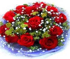 9 adet kirmizi güllerden buket  Sivas çiçek gönderme sitemiz güvenlidir