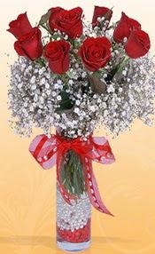 9 adet kirmizi gül cam yada mika vazoda  Sivas hediye sevgilime hediye çiçek