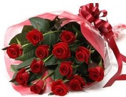 Sivas cicekciler , cicek siparisi  10 adet kipkirmizi güllerden buket tanzimi