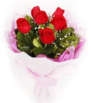 Sivas uluslararası çiçek gönderme  kırmızı 6 adet gülden buket