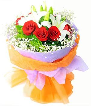 Sivas online çiçekçi , çiçek siparişi  1 dal kazablanka 7 adet kırmızı gül buketi