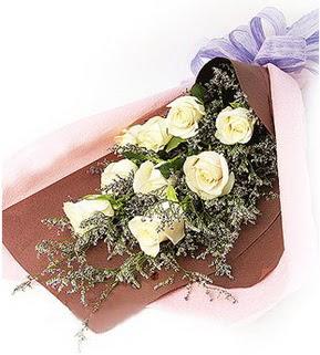 Sivas internetten çiçek siparişi  9 adet beyaz gülden görsel buket çiçeği