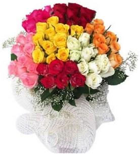 Sivas çiçek gönderme sitemiz güvenlidir  51 adet farklı renklerde gül buketi