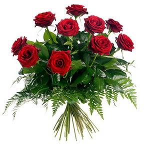 Sivas İnternetten çiçek siparişi  10 adet kırmızı gülden buket