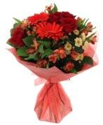 karışık mevsim buketi  Sivas çiçek siparişi sitesi