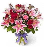 Vazo içerisinde karışık mevsim çiçeği  Sivas ucuz çiçek gönder