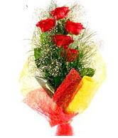 5 li kırmızı gül buketi  Sivas hediye çiçek yolla
