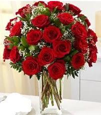 Vazo içerisinde 33 adet kırmızı gül  Sivas internetten çiçek siparişi