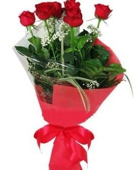 5 adet kırmızı gülden buket  Sivas çiçek online çiçek siparişi