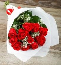 9 kırmızı gülden buket çiçeği  Sivas İnternetten çiçek siparişi