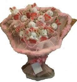 12 adet tavşan buketi  Sivas hediye sevgilime hediye çiçek