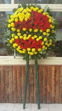 Cenaze çelengi çiçek modeli  Sivas hediye sevgilime hediye çiçek