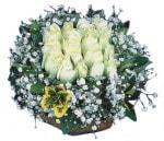Sivas çiçekçi mağazası  Beyaz harika bir gül sepeti