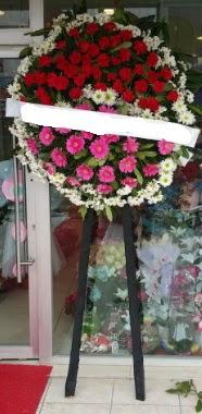 Cenaze çiçek modeli  Sivas çiçek siparişi sitesi
