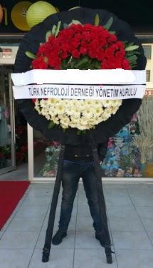 Cenaze çiçek modeli  Sivas ucuz çiçek gönder