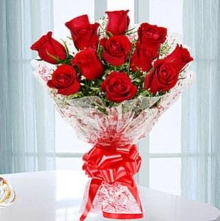 11 adet kırmızı gülden görsel şık buket  Sivas çiçekçi telefonları