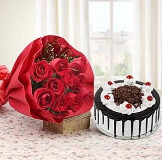 12 adet kırmızı gül 4 kişilik yaş pasta  Sivas çiçek gönderme