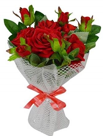 9 adet kırmızı gülden sade şık buket  Sivas çiçek gönderme sitemiz güvenlidir